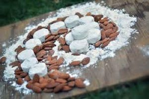 قیمت گز پسته بادام