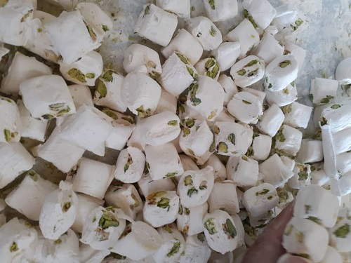 گز پسته بادام